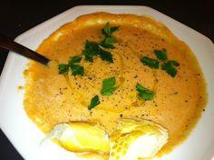 Gazpacho Andaluz, sopa fria espanhola, é uma das receit…