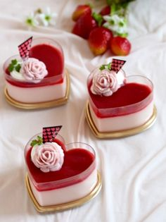 You Dont Have to Sacrifice Your Health To Enjoy Dessert - Valentine Desserts, Fancy Desserts, Delicious Desserts, Yummy Food, Healthy Desserts, Mini Cakes, Cupcake Cakes, Cupcakes, Cake Recipes For Kids