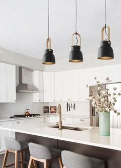 Kitchen Lighting Skandi Minimalist Pendant Light – Tudo And Co - Beautiful minimalist pendant light featuring smooth wooden handle detailing. Inspired by Scandinavian design flair, this light is suita Classic Kitchen, Farmhouse Style Kitchen, Modern Farmhouse Kitchens, Rustic Kitchen, Farmhouse Sinks, Skandi Kitchen, Modern Kitchen Renovation, Nice Kitchen, Kitchen White