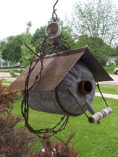 Click image for larger version Name: Views: 14 Size: KB ID: 159549 Decorative Bird Houses, Bird Houses Diy, Garden Yard Ideas, Garden Crafts, Wood Bird Feeder, Bird Feeders, Chicken Garden, Outdoor Pictures, Metal Garden Art