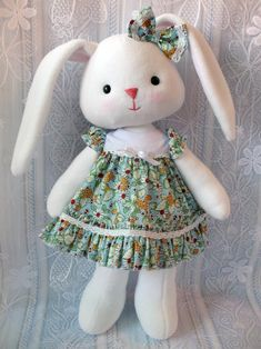Best 12 This bunny is wonderful toy for a child. It is very nice to hug and play with it. You can put it by the side of the bed for quiet and sweet dreams. Pads move in all directions, but the bunny doesnt stand itself. You can buy printed pattern and tut Easter Crafts, Felt Crafts, Fabric Animals, Doll Sewing Patterns, Fabric Toys, Soft Dolls, Stuffed Toys Patterns, Baby Sewing, Handmade Toys