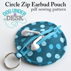 Sewing Pattern / Circle Zip Earbud Pouch