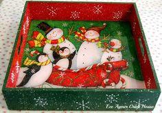 www.eceaymer.com/ Christmas Decoupage, Christmas Plates, Christmas Signs, Christmas Themes, Vintage Christmas, Christmas Crafts, Christmas Ornaments, Decoupage Wood, Mod Podge Crafts