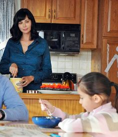http://catherine-bell.blogspot.com.tr/2015/01/motherhood-in-40s-is-easier-for.html