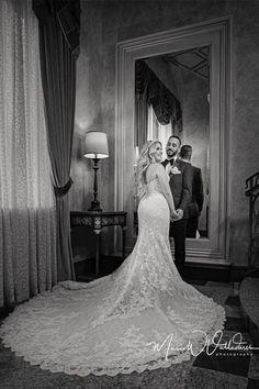 Mermaid Wedding, Lace Wedding, Best Wedding Dresses, Wedding Photography, Black And White, Classic, Fashion, Derby, Moda