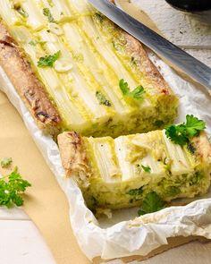 Vegan Brunch Recipes, Vegetarian Recipes, Quiches, Brunch Cafe, Brunch Casserole, Easter Brunch, Food N, Fabulous Foods, Asparagus