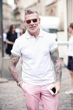 20 Registros de idosos mostrando suas tatuagens   Criatives   Blog Design, Inspirações, Tutoriais, Web Design