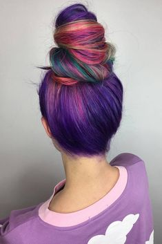 Are you ready to discover the whole universe in your hair? Read on to learn how to dye your tresses like that and see the most inspirational images! #haircolor #galaxyhair #ombrehair #balayage