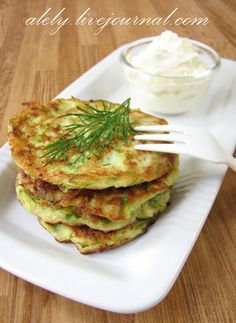 Zuccini pancackes  2 medium zucchini grate 2 eggs 1 tsp salt 1/2 teaspoon baking powder 1/3 cup cottage cheese or ricotta cheese 1/2 cup flour vegetable oil for frying  Mix all ingredients in a bowl. Heat the oil in a Teflon pan, over medium heat. Spread pancakes with a spoon and fry on each side until done. Serve with sour cream or yogurt