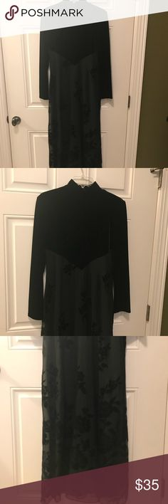 """Coldwater Creek dress Womans beautifull evening dress in excellent condition. The brand is Coldwater Creek and the size is a 4. The total length of dress from shoulder to the bottom is 56"""". Coldwater Creek Dresses"""