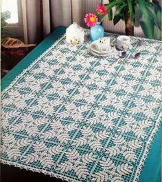 Magic Crochet Nº 83 - claudia - Picasa Web Albums Crochet Motif Patterns, Crochet Chart, Thread Crochet, Filet Crochet, Crochet Designs, Crochet Stitches, Knitting Patterns, Knit Crochet, Crochet Table Runner