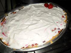 Receita de Torta de morango (deliciosa). Enviada por Claudia Lemos e demora apenas 60 minutos.