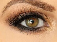 Smokey Brown Eyeshadow Tutorial...great tutorial!! tried and succeeded.