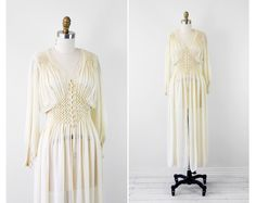 vintage 1930s 30s wedding dress // Antique White by RococoVintage