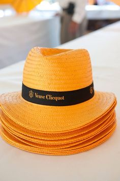 Champagne Region France, Champagne Bar, Champagne Images, Veuve Cliquot, Polo Classic, Classic Theme, Pop Up Bar, Orange Party, Kabobs