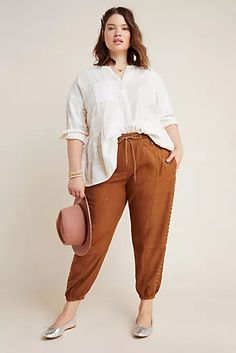 Plus Size Anthropologie Byron Seamed Utility Joggers in Orange Size: 2 X, Women's Pants Curvy Outfits, Plus Size Outfits, Casual Outfits, Winter Outfits, Plus Size Joggers, Loungewear Outfits, Joggers Outfit, Looks Plus Size, Joggers Womens