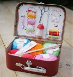 Repurposed VintageTrain Case. >> what a great gift idea!  I could sooooo put this to use!!