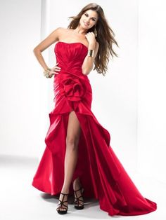 http://www.bagshoes.net/img/Red-Formal-and-Party-Dresses9.jpg