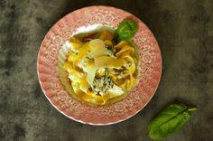 Pappardelle w śmietanowo-szpinakowym sosie Fork, Cantaloupe, Fruit, Cooking, Ethnic Recipes, Cuisine, Kitchen, The Fruit, Villa