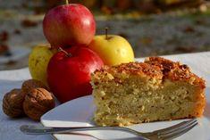 Gâteau suédois aux pommes et noisettes Apple Desserts, Apple Recipes, Fall Recipes, Sweet Recipes, Delicious Desserts, Dessert Recipes, Sweets Cake, Healthy Cake, Baked Apples