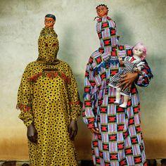 Phyllis Galembo, Baby Dance of Etikpe, Cross River, Nigeria, 2004    http://www.wonderhowto.com/news/wonderment/west-african-boogie-monsters-0116600/