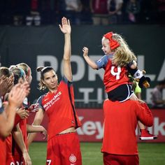 Providence Park, Portland Thorns, One Seven, Orlando Pride, Tobin Heath, Rose City, High Five, My Black, Football Players