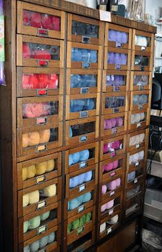 New Ideas craft storage ideas yarn display Yarn Storage, Craft Room Storage, Storage Ideas, Craft Rooms, Small Storage, Knitting Storage, Diy Storage, Storage Bins, New Crafts