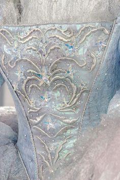 détails corset de la marraine la bonne fée