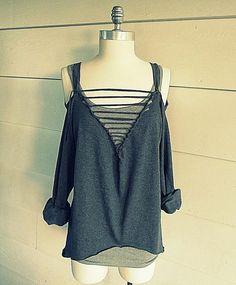 Clothes : DIY Off the Shoulder, Ladder V-neck Tee