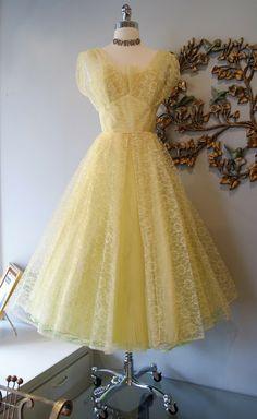 Xtabay Vintage Clothing Boutique - Portland, Oregon: Vintage Prom Dress