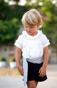 Camisa Smoking Little Girl Dresses, Flower Girl Dresses, Flower Girls, Litle Boy, Little Gentleman, Page Boy, Kid Styles, Beautiful Children, Baby Dress
