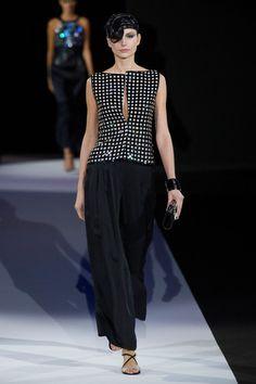 Giorgio Armani at Milan Fashion Week Spring 2013 - Runway Photos
