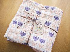 baby blanket by Pata Pri / Etsy