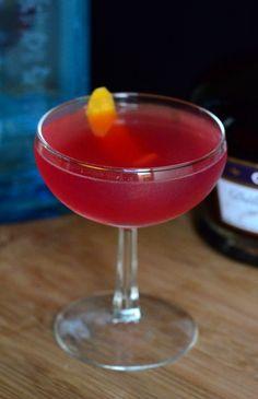 Blue Moon Cocktail | Barman's Journal #Bluemooncocktail #Creme Yvette