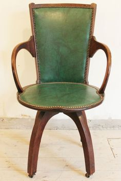 antique art deco 19201930s swivel oak office chair chesterfield presidents leather office chair amazoncouk