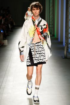 MSGM Spring 2018 Menswear Fashion Show Collection
