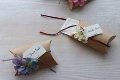 08 Craft Wedding, Wedding Paper, Diy And Crafts, Crafts For Kids, Paper Crafts, Mint Garden, Craft Packaging, Gift Bows, Craft Videos