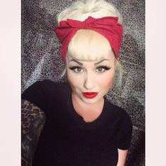 vintage hairstyle with clip-in bettie bangs