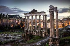 世界遺産 フォロロマーノ ローマ歴史地区、教皇領とサン・パオロ・フオーリ・レ・ムーラ大聖堂の絶景写真画像  イタリア