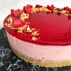 Hindbær cheesecake - Mette Skutter Cakes Easy Cheesecake Recipes, Cheesecake Bites, Raspberry Cheesecake, Chocolate Cheesecake, Pumpkin Cheesecake, Easy Cake Recipes, Fruit Recipes, Baking Recipes, Dessert Recipes