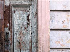 crackly door_1527