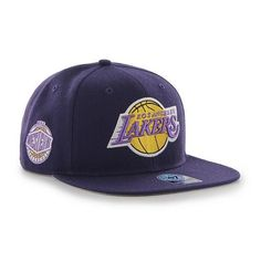 Los Angeles LA Lakers '47 Brand Sure Shot Captain Snapback. This Flat Brim Snapback hat is made from a 85/15 wool blend. The two-tone snapback cap features a raised embroidered front Lakers logo with