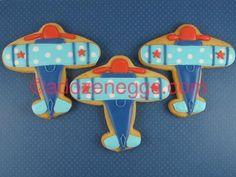 airplane cookie Iced Cookies, No Bake Cookies, Cupcake Cookies, Sugar Cookies, Cupcakes, Airplane Cookies, Airplane Baby Shower, Orange Party, 2nd Birthday Parties