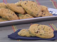 Chewy Chocolate Chip Cookies Recipe : Trisha Yearwood : Food Network - FoodNetwork.com