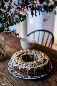 Christmas spice cake