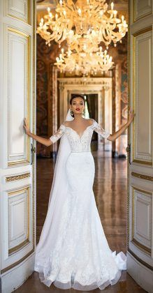 Mermaid Wedding Dresses Wedding Dress by Milla Nova White Desire 2017 Bridal Collection - Rita - Milla Nova' 2017 Bridal Collection, a truly the most amazing lineup of stop-you-in-your-tracks bridal gowns and wedding dresses for the sophisticated bride. Wedding Dress Trends, Dream Wedding Dresses, Wedding Ideas, Wedding Planning, Classy Wedding Dress, Glamorous Wedding Dresses, Feather Wedding Dresses, Autumn Wedding Dresses, Sheath Lace Wedding Dress
