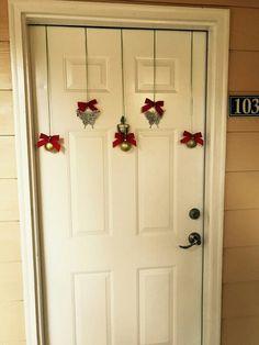 Christmas Frames, Etsy Christmas, Christmas Door, Simple Christmas, Christmas Holidays, Christmas Wreaths, Christmas Projects, Christmas Gifts, Easy Christmas Decorations