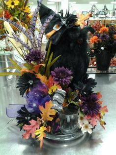 Talented Michael's Designers - Halloween Owl witch.......Cindy.....2717