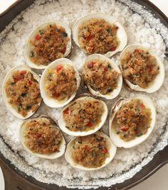 Clams Oreganata PER SERVING: 160 cals 4.5 grams of fat