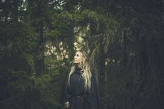 101905 Jonna Jinton, V Dress, Keep Warm, Pretty Woman, Woods, November, Artsy, Photoshoot, Inspiration